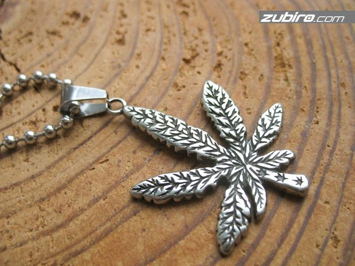 Liść marihuany stalowy