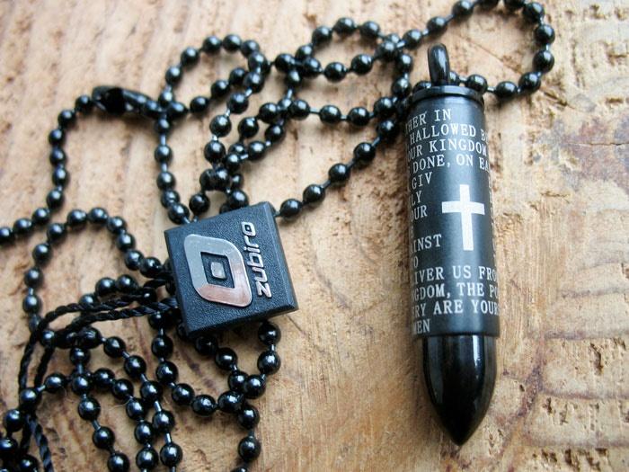 nabój z modlitwą czarny