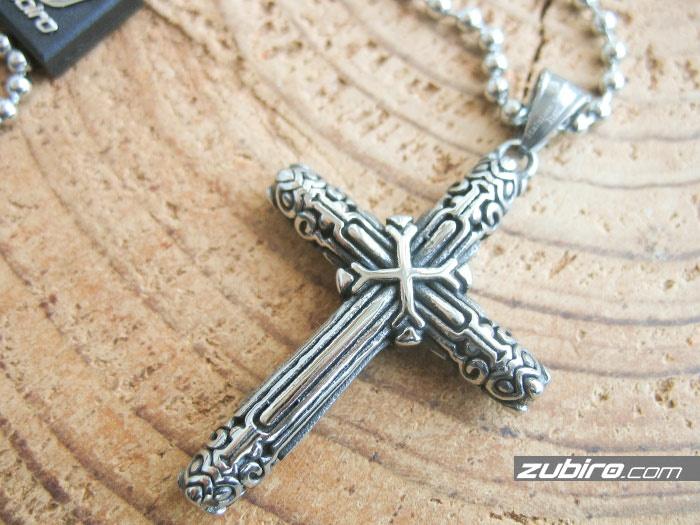 męska biżuteria krzyż