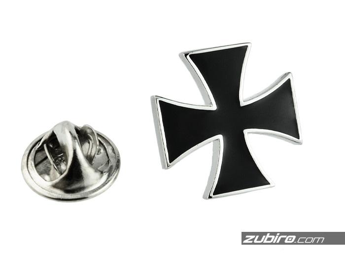 Pin z krzyżem maltańskim