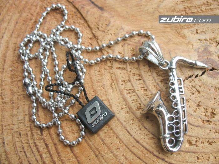 naszyjnik dla saksofonisty
