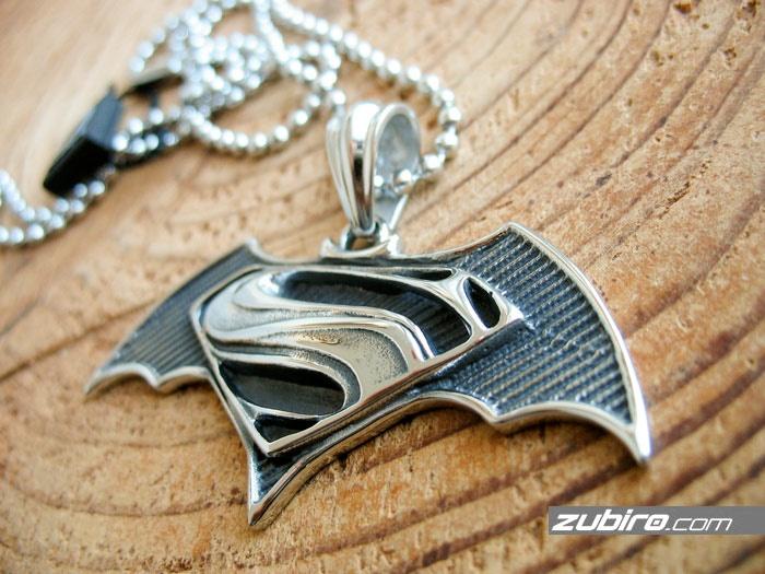 naszyjnik Superman i Batman