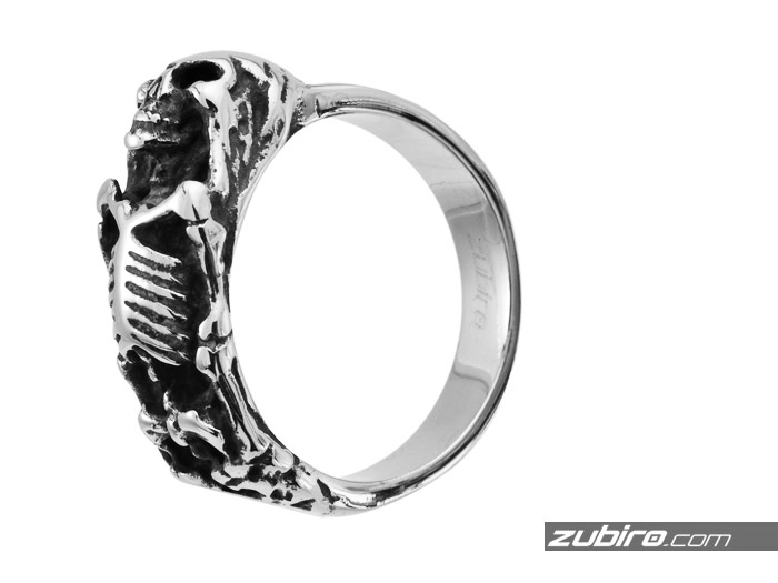 męski sygnet ze szkieletem