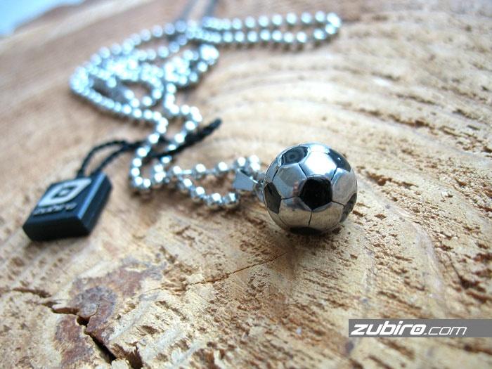 piłkarz piłka biżuteria męska