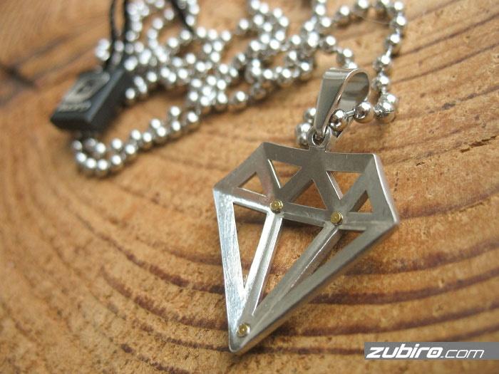 diamenty naszyjniki stalowe