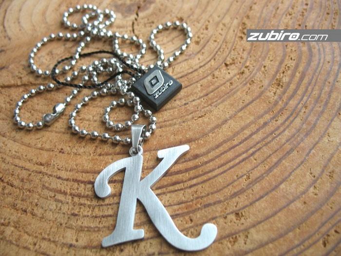 naszyjniki z literami K