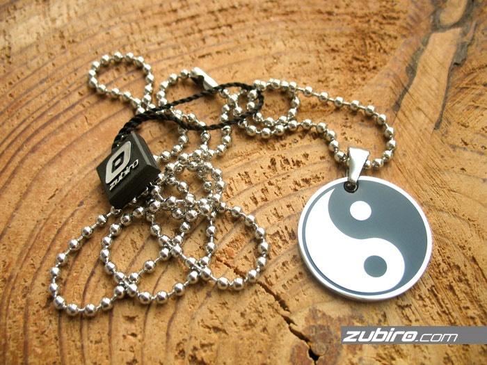 naszyjniki męskie zawieszki  yin yang