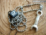 klucze zawieszki męskie naszyjniki