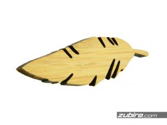 Spinka z bambusa w kształcie liścia