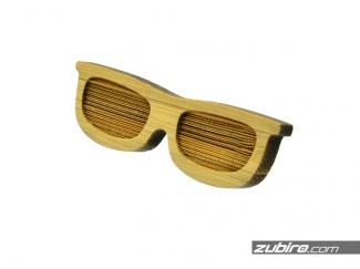 Spinka z bambusa w kształcie okularów
