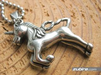 Zawieszka jednorożec unicorn na szczęście